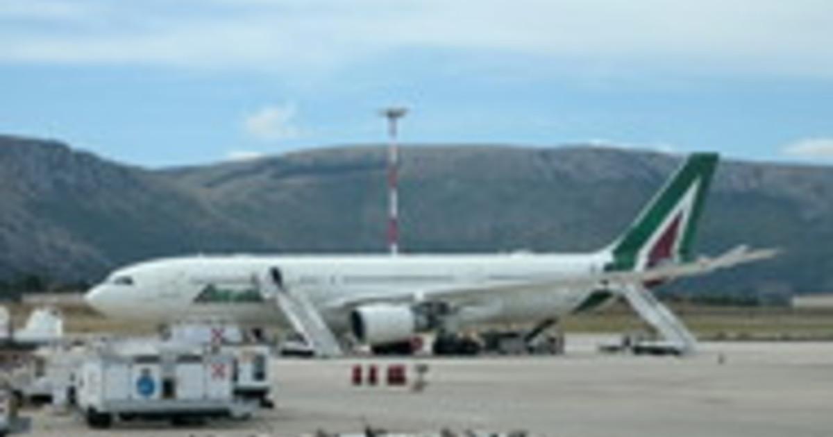 Alitalia firmato il decreto per la Newco