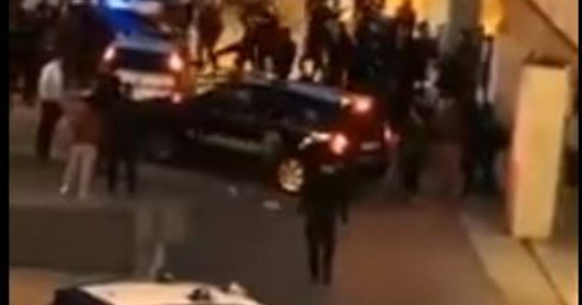 Assembramento e massacro Livorno per due vigili finisce in tragedia. Virus e violenza Meloni Punire questi indegni
