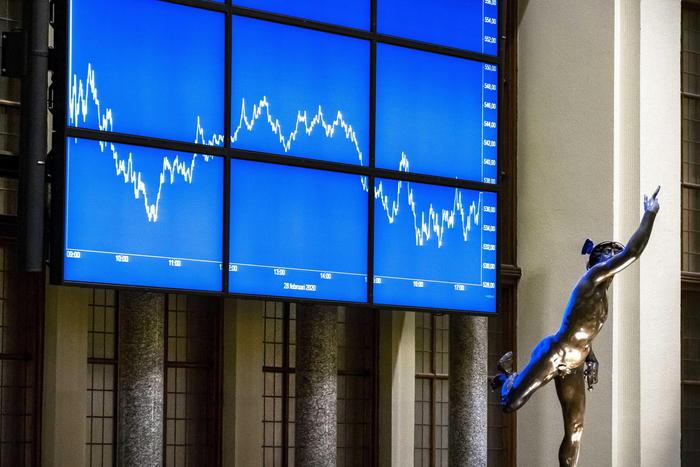 Borsa Europa debole in attesa di Wall Street Milano 14