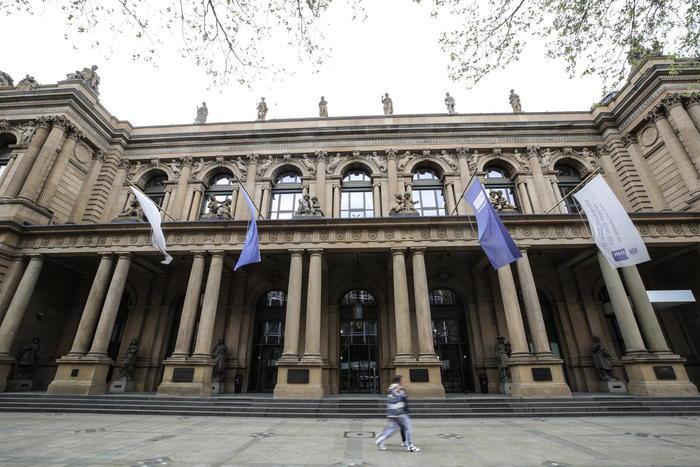 Borsa Europa in forte perdita Francoforte 5