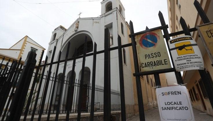 Chiesa chiusa per Covid i fedeli si mobilitano per i frati contagiati