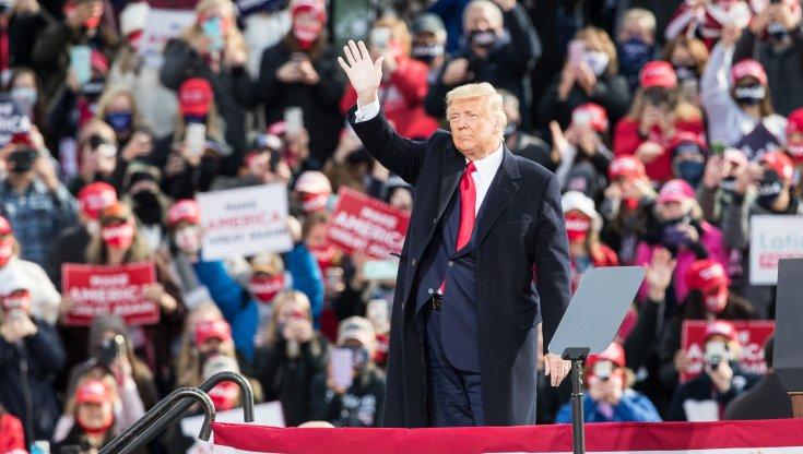 Comizi folle e applausi Trump scommette sulla rimonta finale