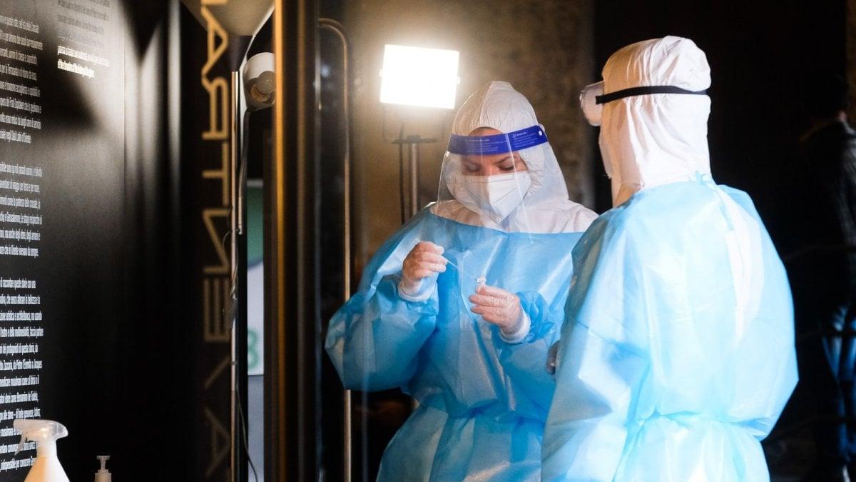 Coronavirus il bollettino di oggi 11 ottobre 5456 positivi e 26 morti