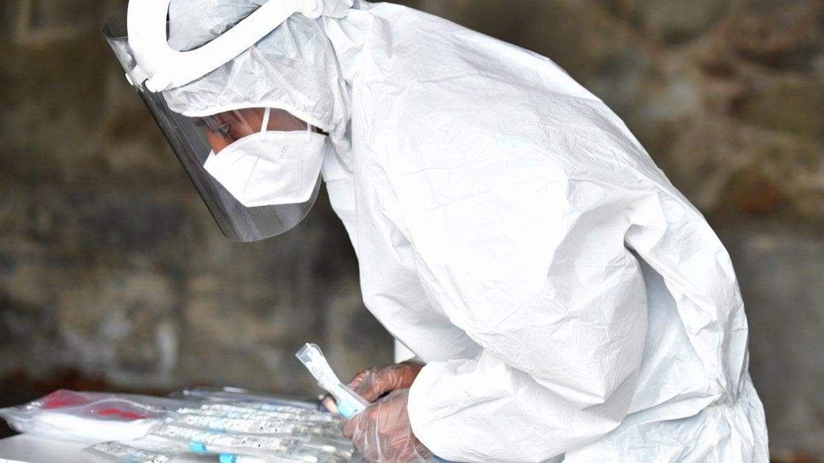 Coronavirus oltre mille nuovi casi a Milano 17 morti in Lombardia