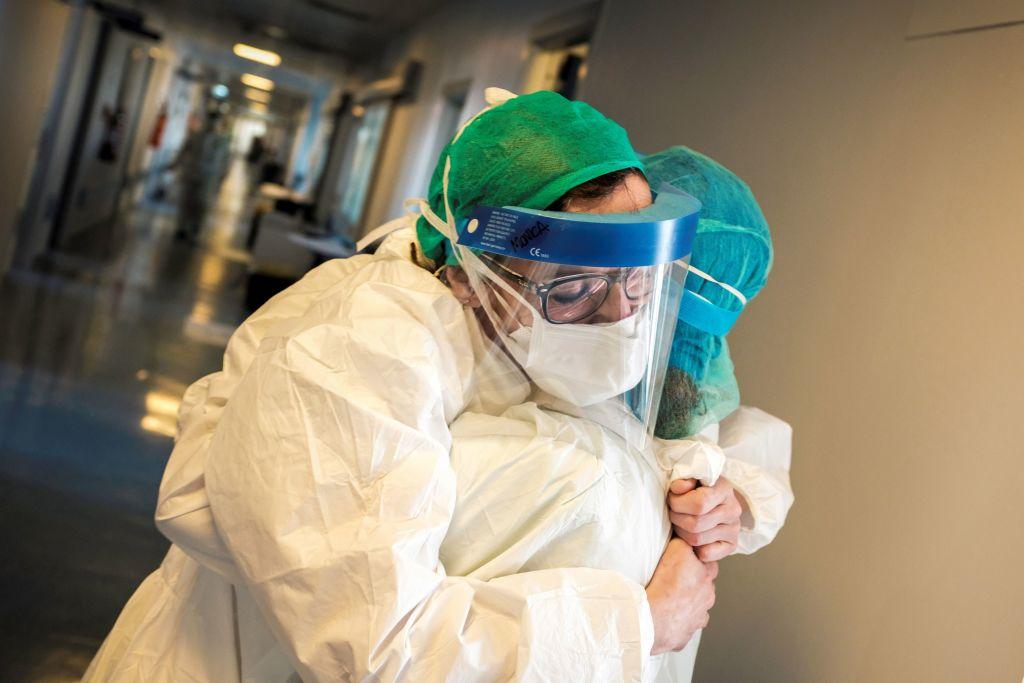 Coronavirus salgono a 4.458 i nuovi contagi di oggi