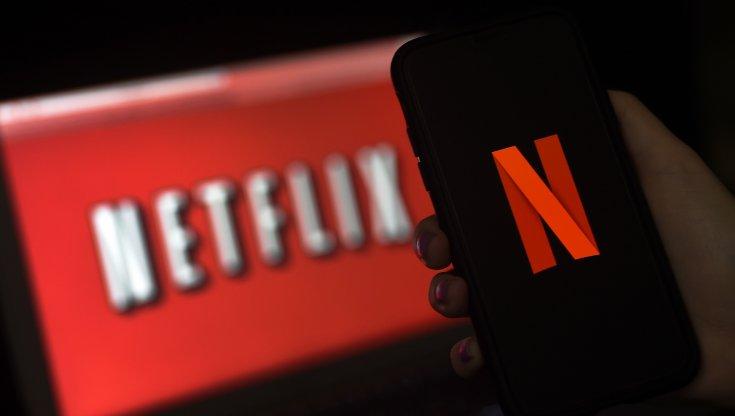 Delude la crescita di abbonati Netflix pesano le riaperture estive titolo a picco
