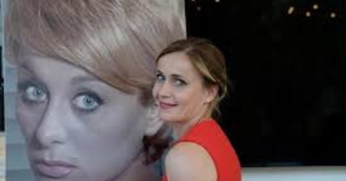Illuminate elogio di Sandra Mondaini la Shirley McLaine italiana
