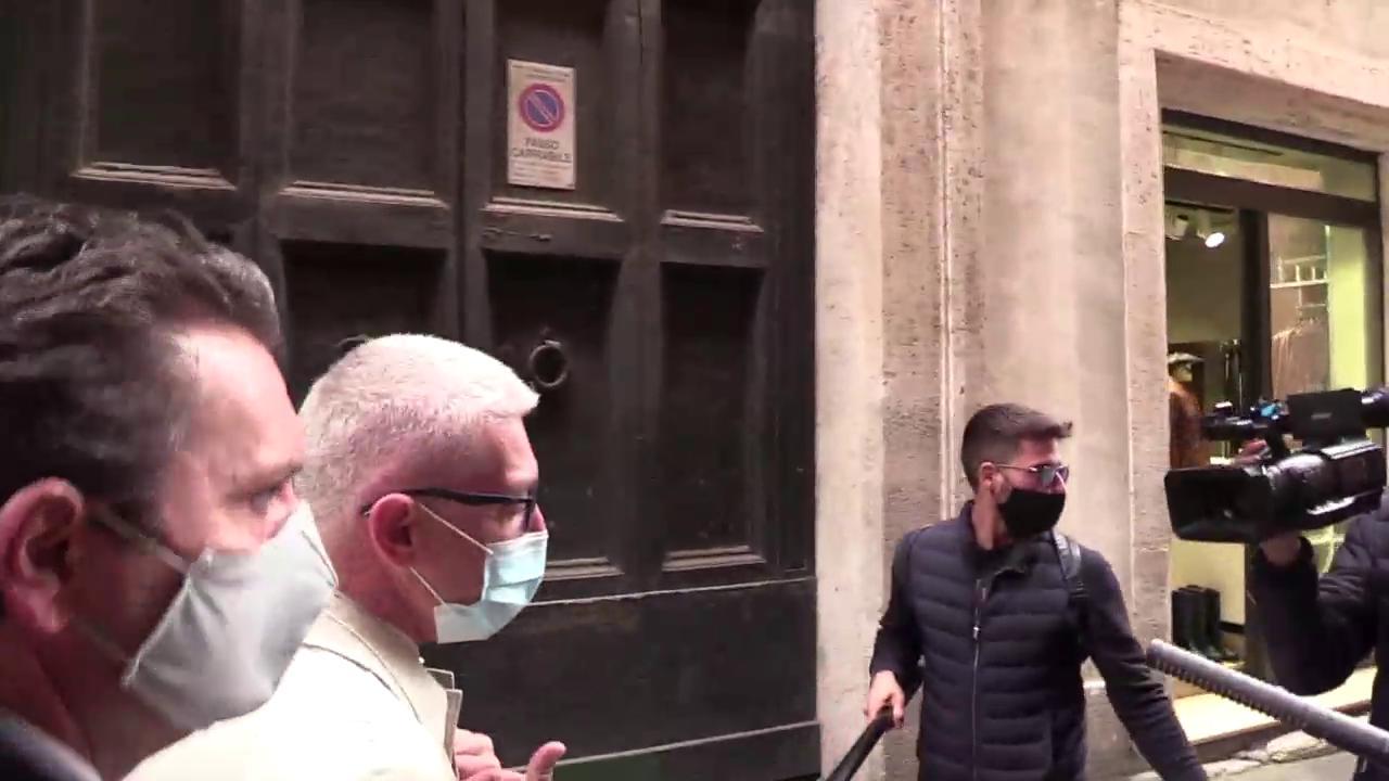 Lapp Immuni e i parlamentari riluttanti. Salvini No mia figlia gioca col telefono. Morra Non la scarico per motivi di privacy di C. R. BRUNO