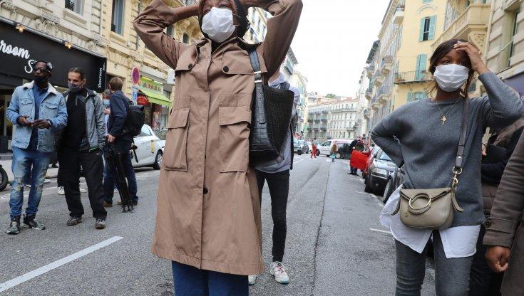 Le lacrime e la paura degli abitanti di Nizza Vogliono la guerra civile