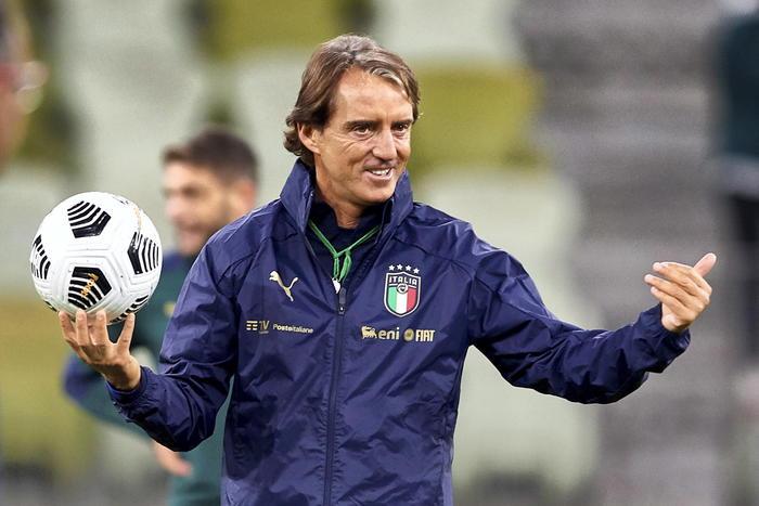 Nations Leaguecon lOlanda match ball qualificazione Italia