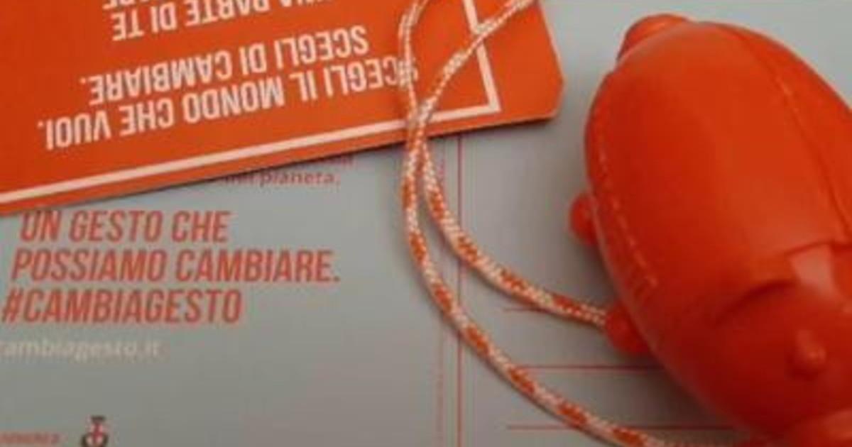 Padova cambiagesto campagna contro abbandono mozziconi sigaretta