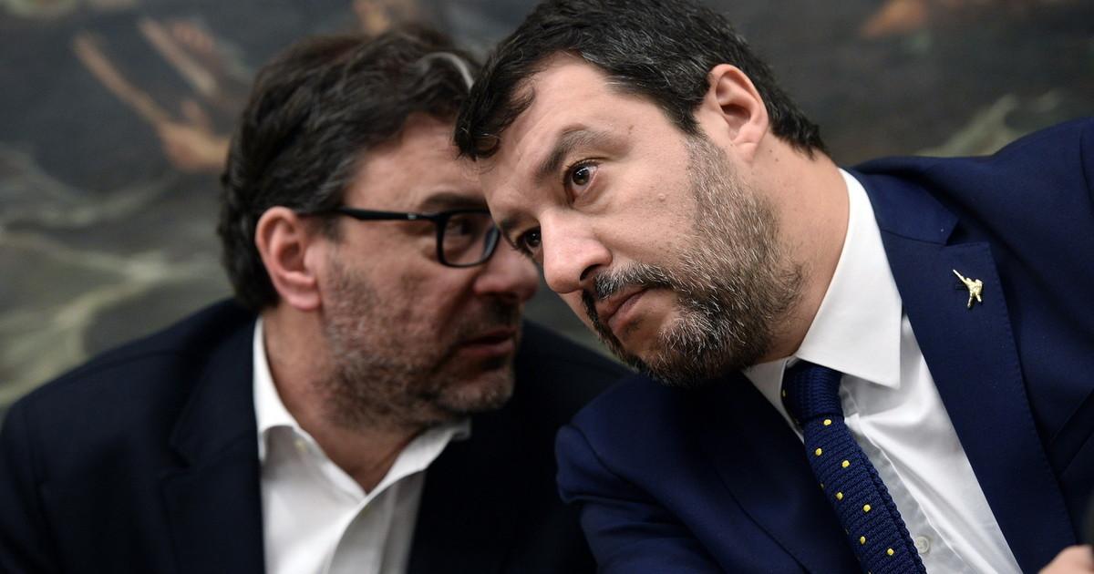 Salvini e Giorgetti hanno santi in Vaticano. Lega e cardinali e cambiato tutto. Retroscena stanno per fregare Conte