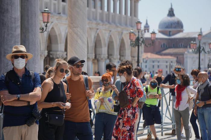 Turismo nuovo lockdown brucerebbe 440 mila posti