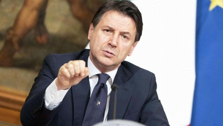 Whirlpool Napoli Conte incontra i sindacati lazienda conferma la chiusura