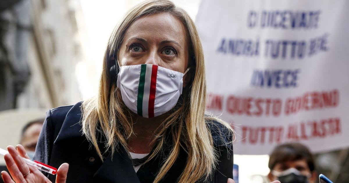 Bertolaso Nessun veto ma non e il solo. Meloni una mossa magistrale per fermare la rissa Berlusconi Salvini