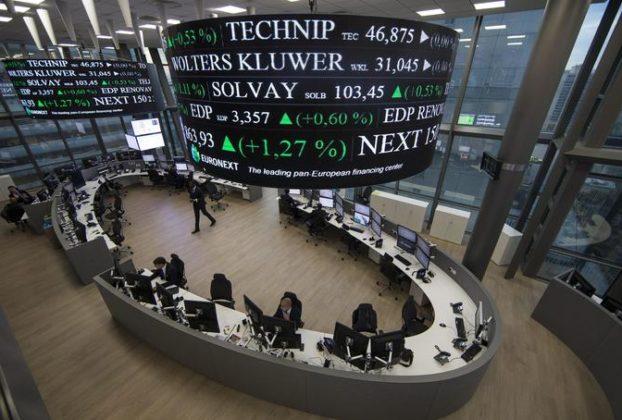 Borsa Europa debole con il calo del prezzo del petrolio