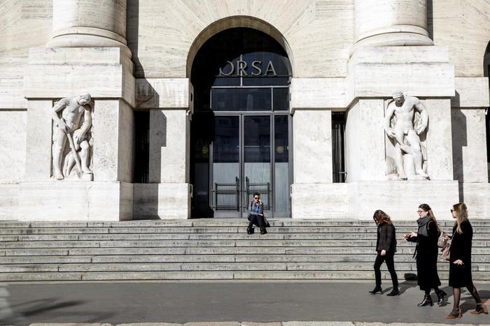 Borsa Milano risale da minimi 03 bene Poste e Diasorin