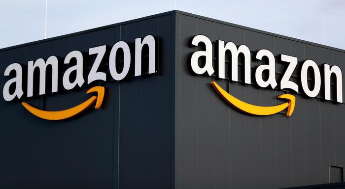 Commissione Ue accusa Amazon per uso dati dei venditori