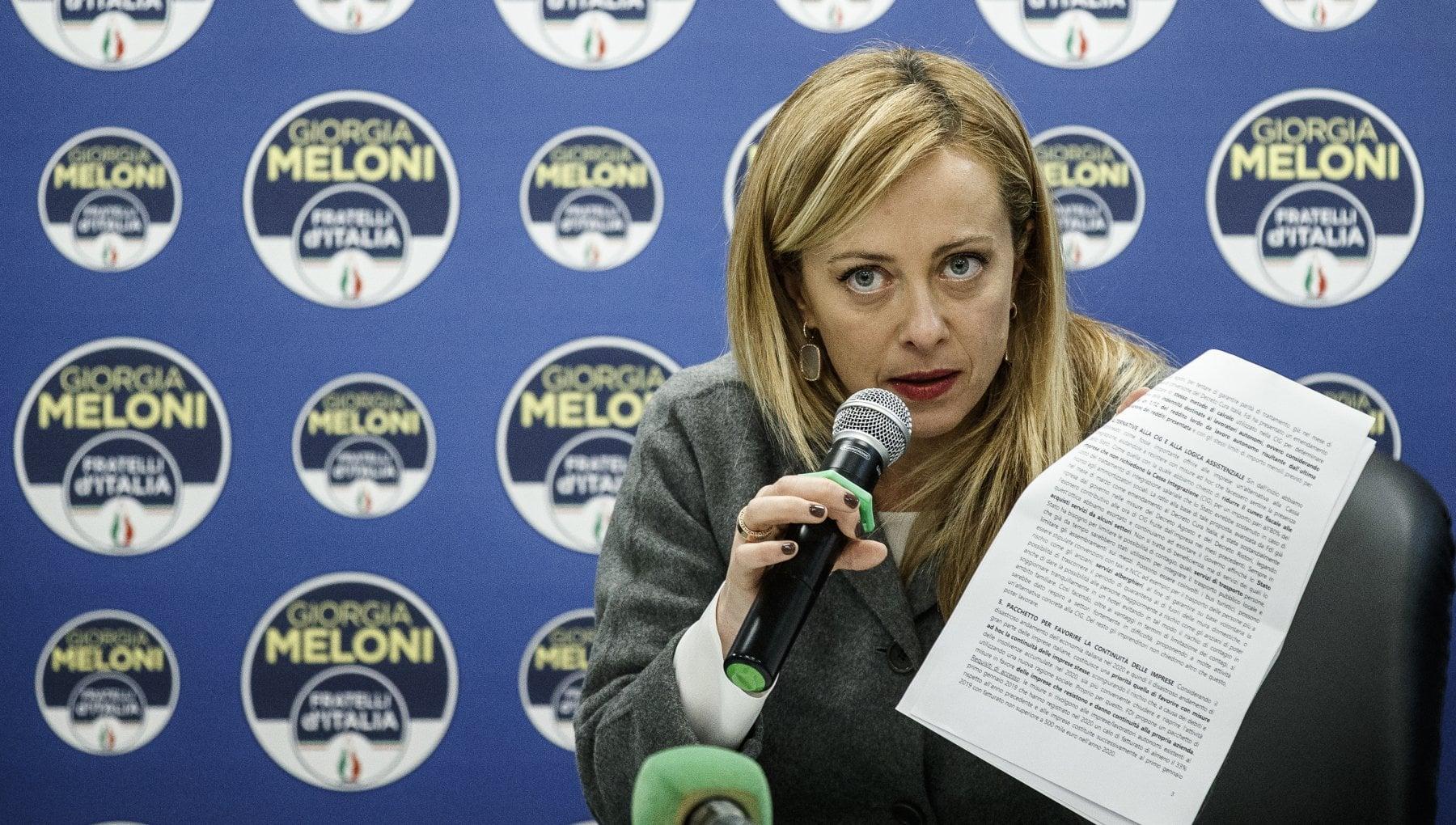 Contatti fra Fi e Pd. Meloni avverte Silvio Non fare giochetti