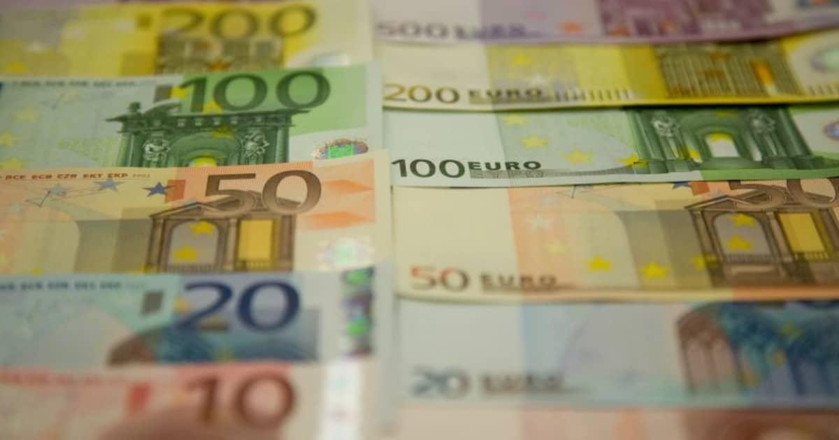 Coronavirus ogni italiano perde quasi 2.500 euro
