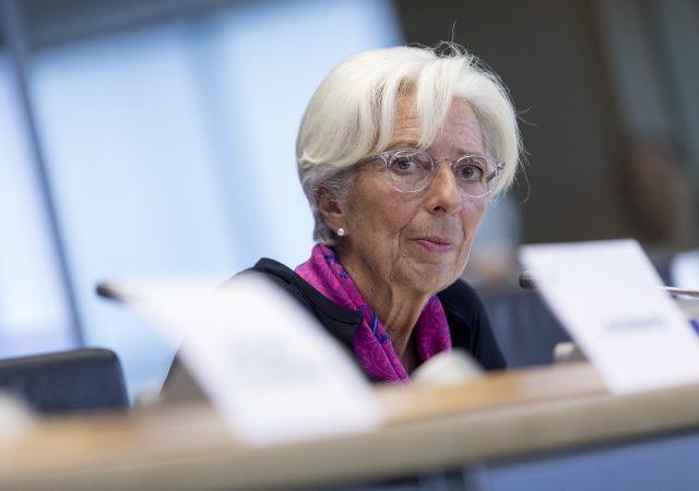 Covid Bce ripresa dipende da pandemia. Eurotower pronta ad intervenire