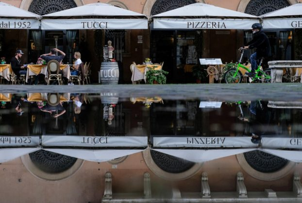 Decreto Ristori quater bonus 1.000 euro ai lavoratori precari e stop alle ganasce fiscali