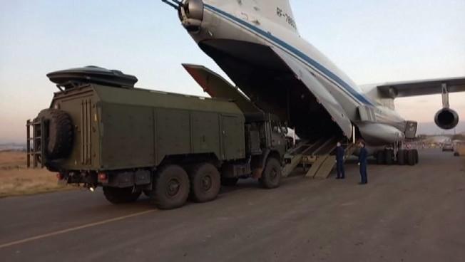 Elicottero russo abbattuto in Armenia diventa affare spinoso