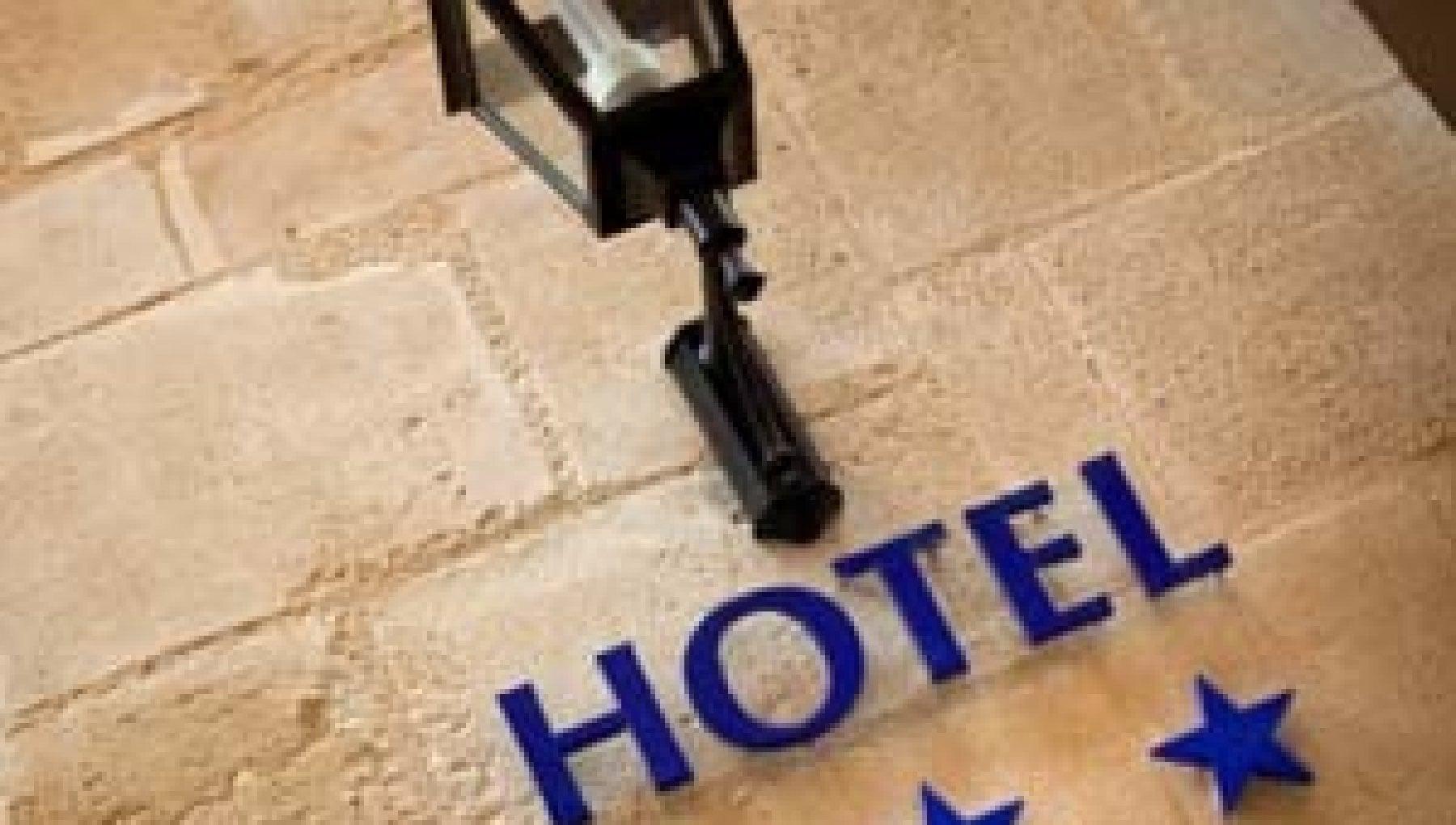 I Covid hotel ci sono ma le Regioni non li utilizzano. E sui rimborsi e caos
