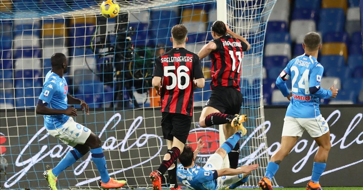 Ibrahimovic doppietta e infortunio il Milan vola in testa 3 1 al Napoli dellex Gattuso