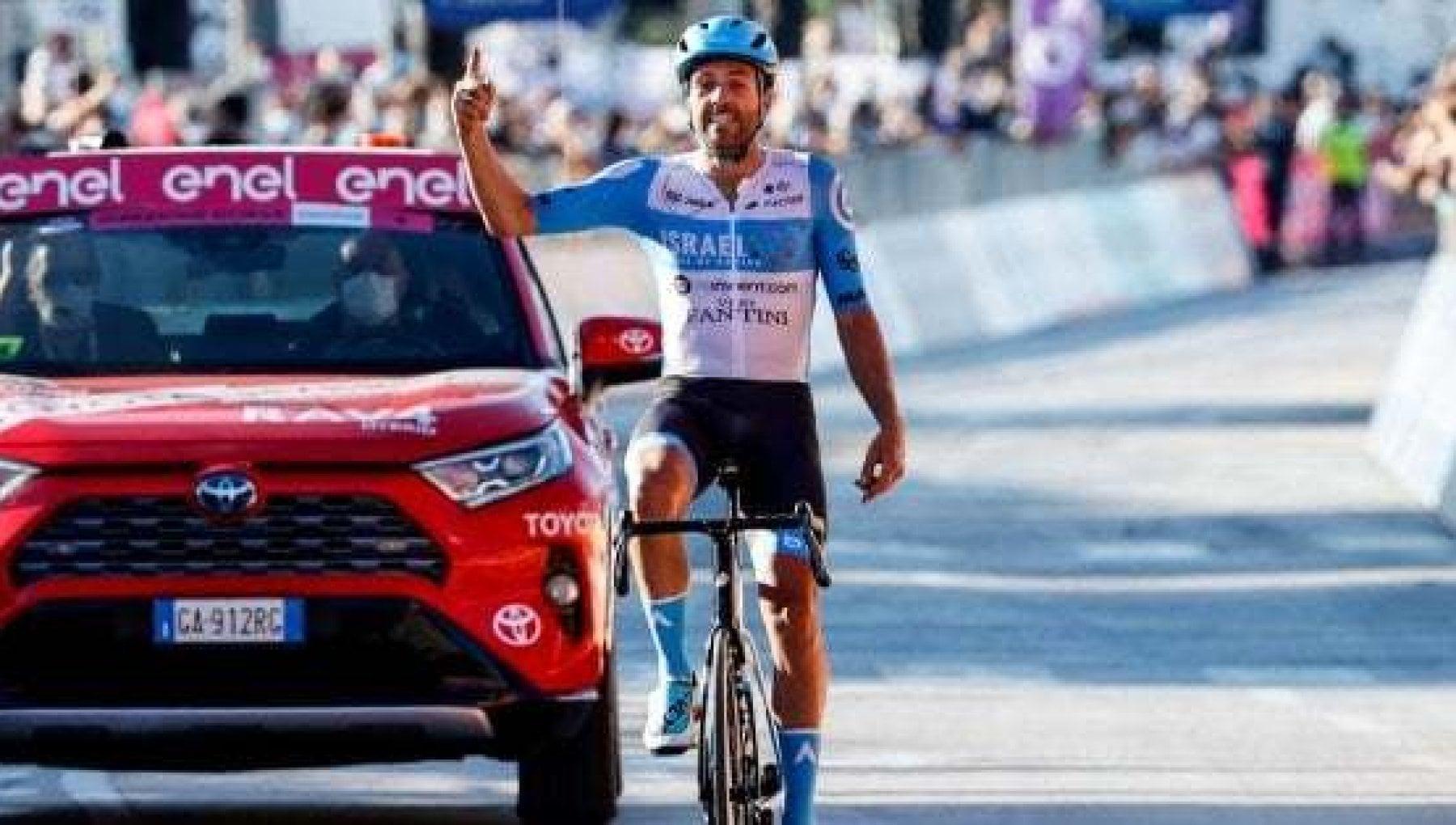 Il ciclismo diventa smart Dowsett per il record dellora si allena da casa