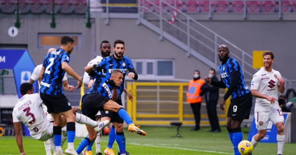 LInter ribalta il Torino volano Sassuolo e Roma