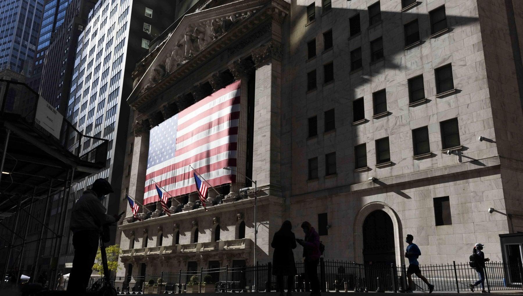Le Borse di oggi 5 novembre. Mercati ancora al rialzo la prospettiva di vittoria dimezzata per Biden rafforza i Tresaury