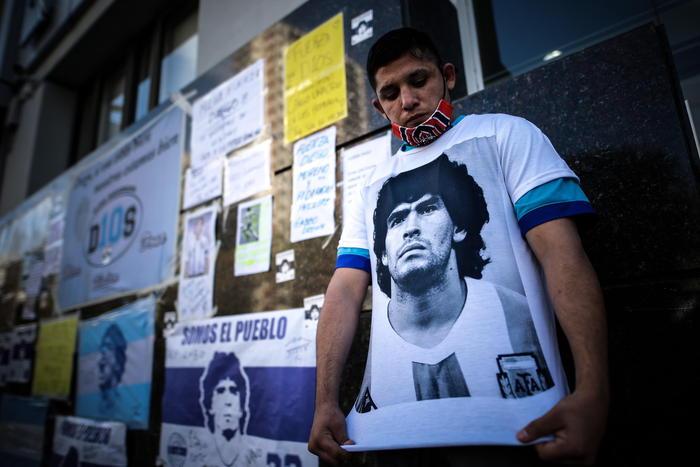 Maradona medici stupiti dalle sue capacita di recupero