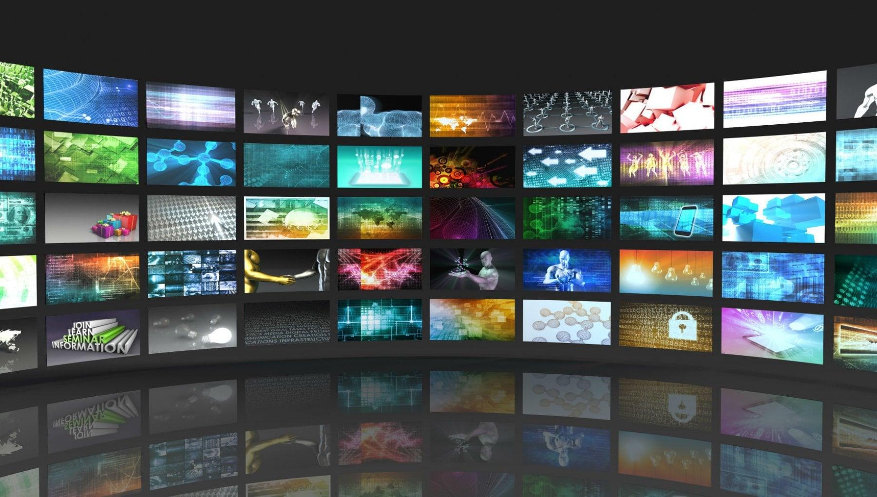 Mediocri e privilegiati la colpa imperdonabile di lavorare in tv