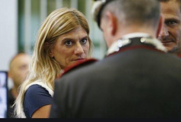 Minaccio di morte la giornalista Federica Angeli condannato a un anno Armando Spada