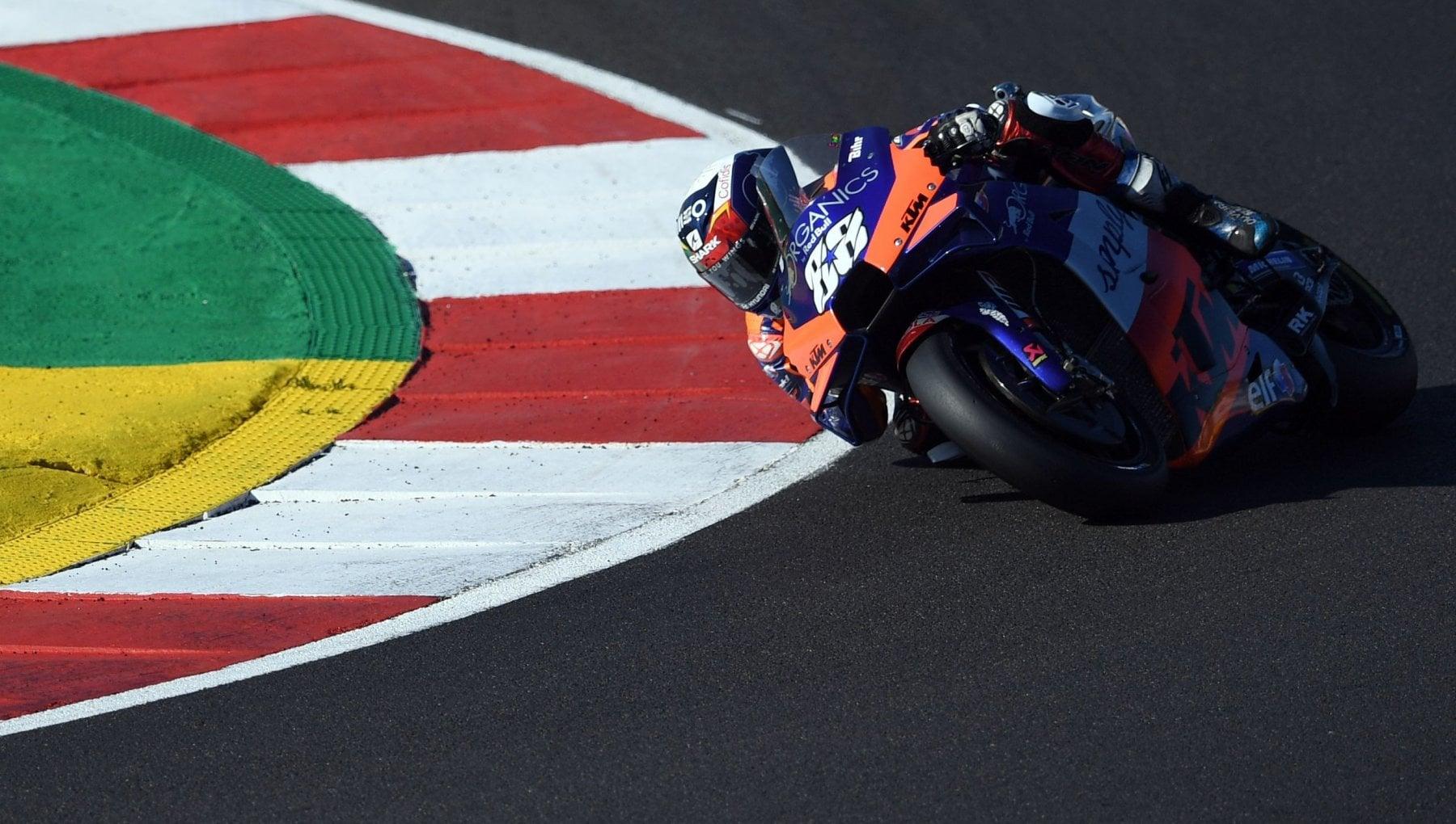 MotoGp Portogallo Oliveira vince in casa Morbidelli terzo. Titolo costruttori alla Ducati