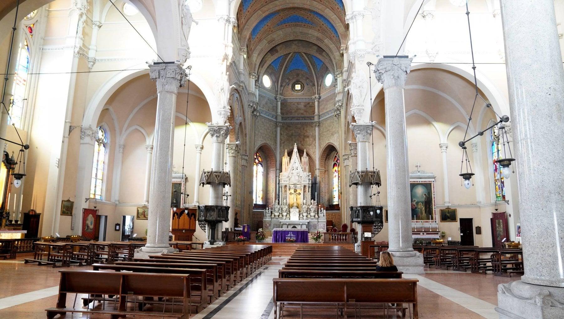 Nelle chiese arriva il nuovo Messale. Cambia il Padre Nostro
