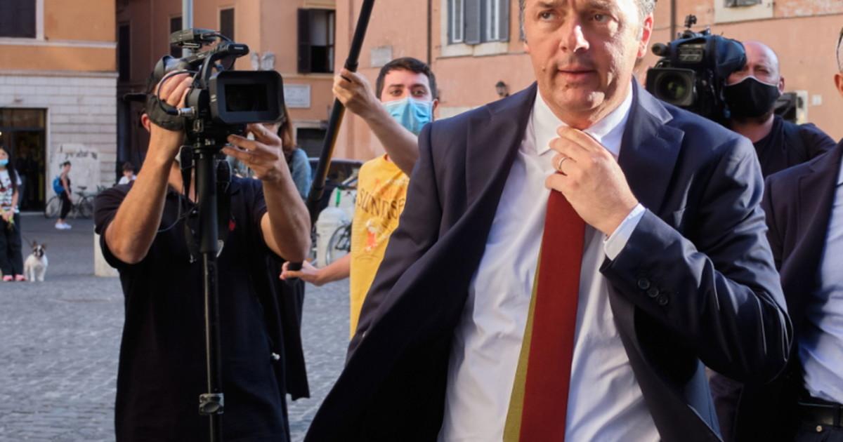 Non solo un prestito. La frase sui soldi scatena Matteo Renzi Querelato. Crisi di nervi trascina Davigo in tribunale