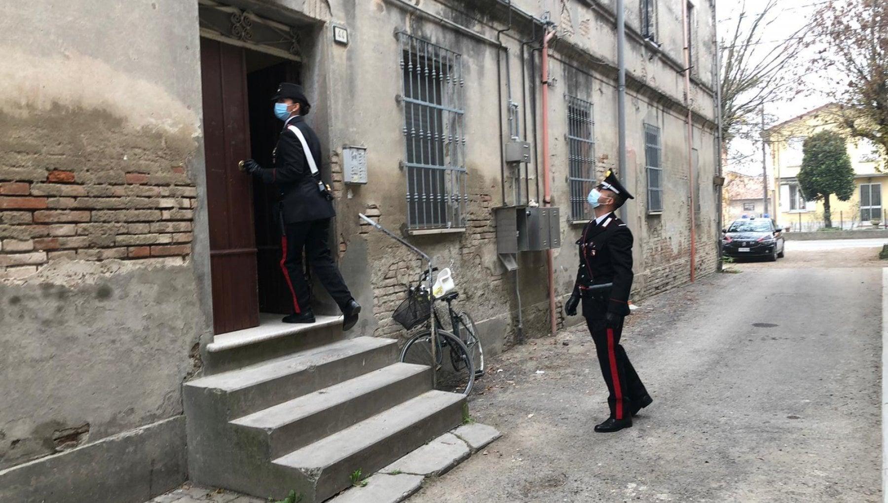 Orrore nel Reggiano aggrediscono coppia e violentano donna cinque arresti