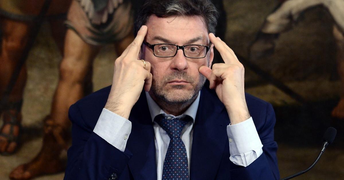 Se vogliamo davvero governare lItalia Giorgetti drastico cambio di rotta Lega la bomba Biden piomba sul Carroccio