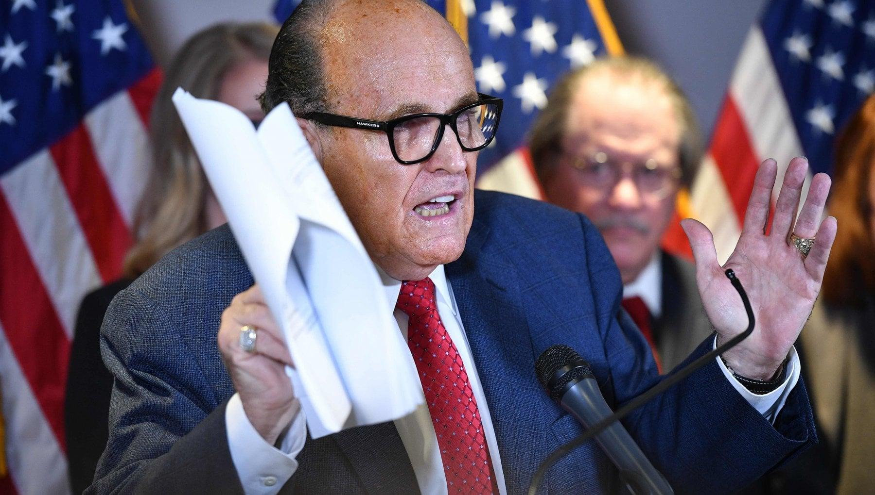 Stati Uniti la denuncia di Giuliani Biden ha organizzato in anticipo i brogli elettorali