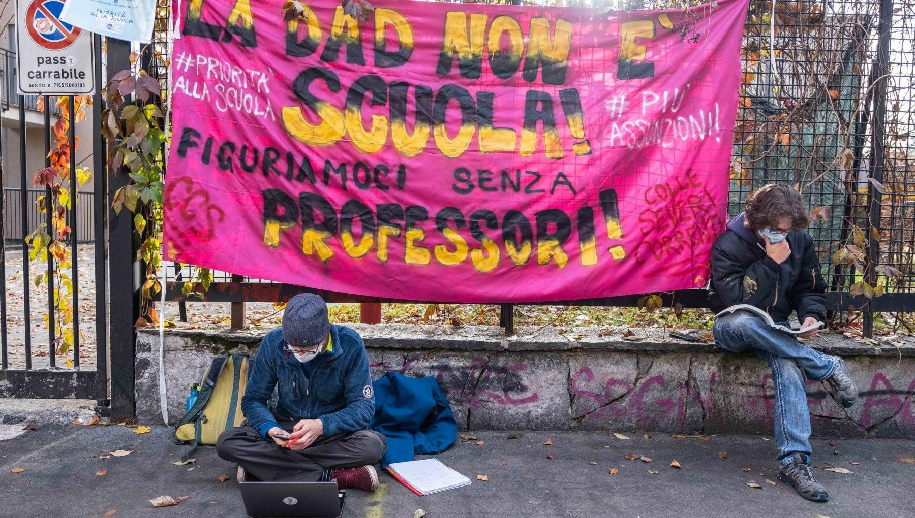 Test dingresso annullati e classi piu piccole con il Covid a Milano cambiano i criteri per le iscrizioni
