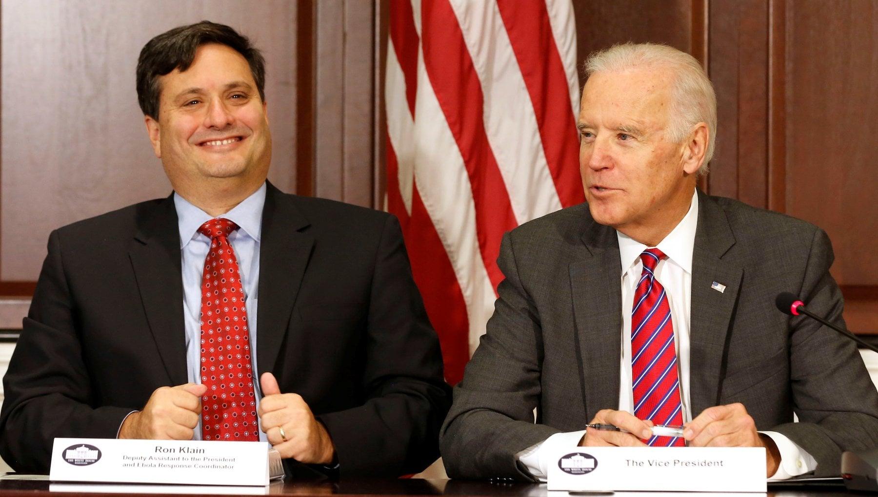 Usa Biden sceglie Ron Klain come capo staff alla Casa Bianca ha affrontato lemergenza Ebola