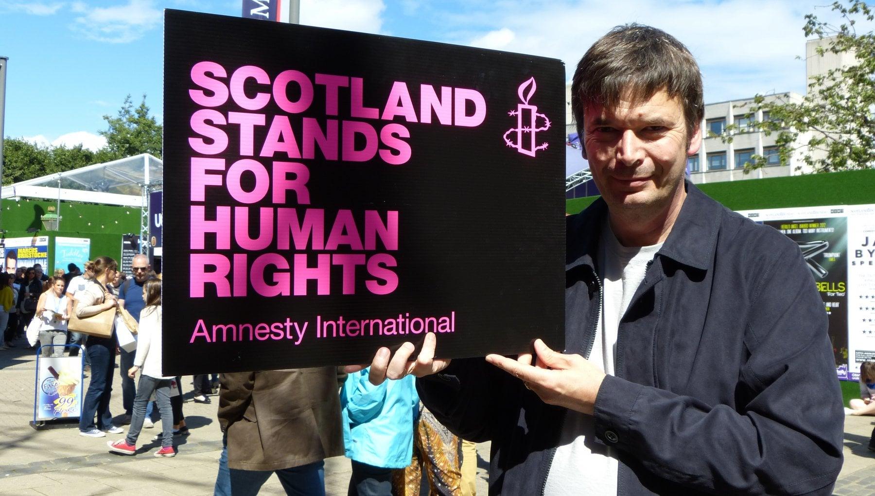Accordo Brexit parla Ian Rankin Lintesa di Johnson forse non bastera a fermare lindipendenza della Scozia