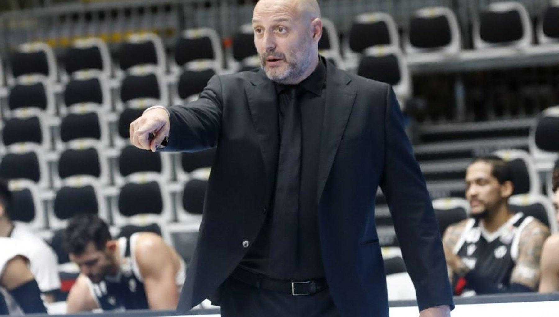 Basket serie A clamoroso a Bologna la Virtus esonera Djordjevic