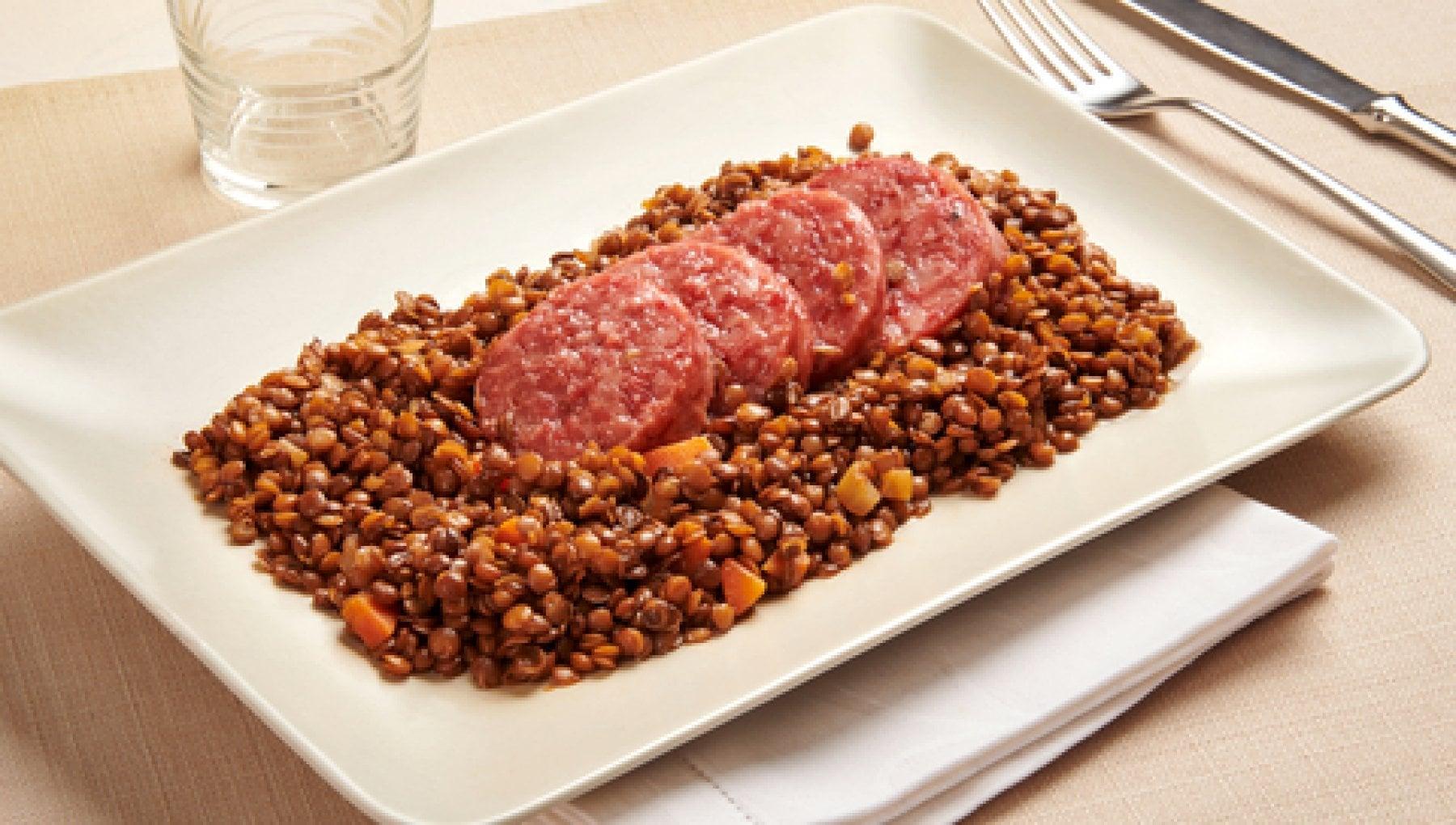 Capodanno lenticchie e cotechino ricetta consigli e tradizione dellabbinamento perfetto per salutare la mezzanotte