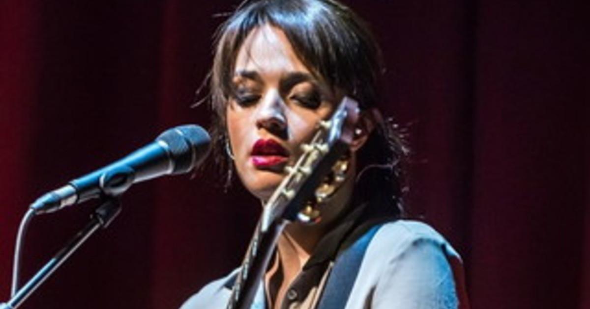 Carmen Consoli torna con un nuovo album e tour Volevo fare la rockstar