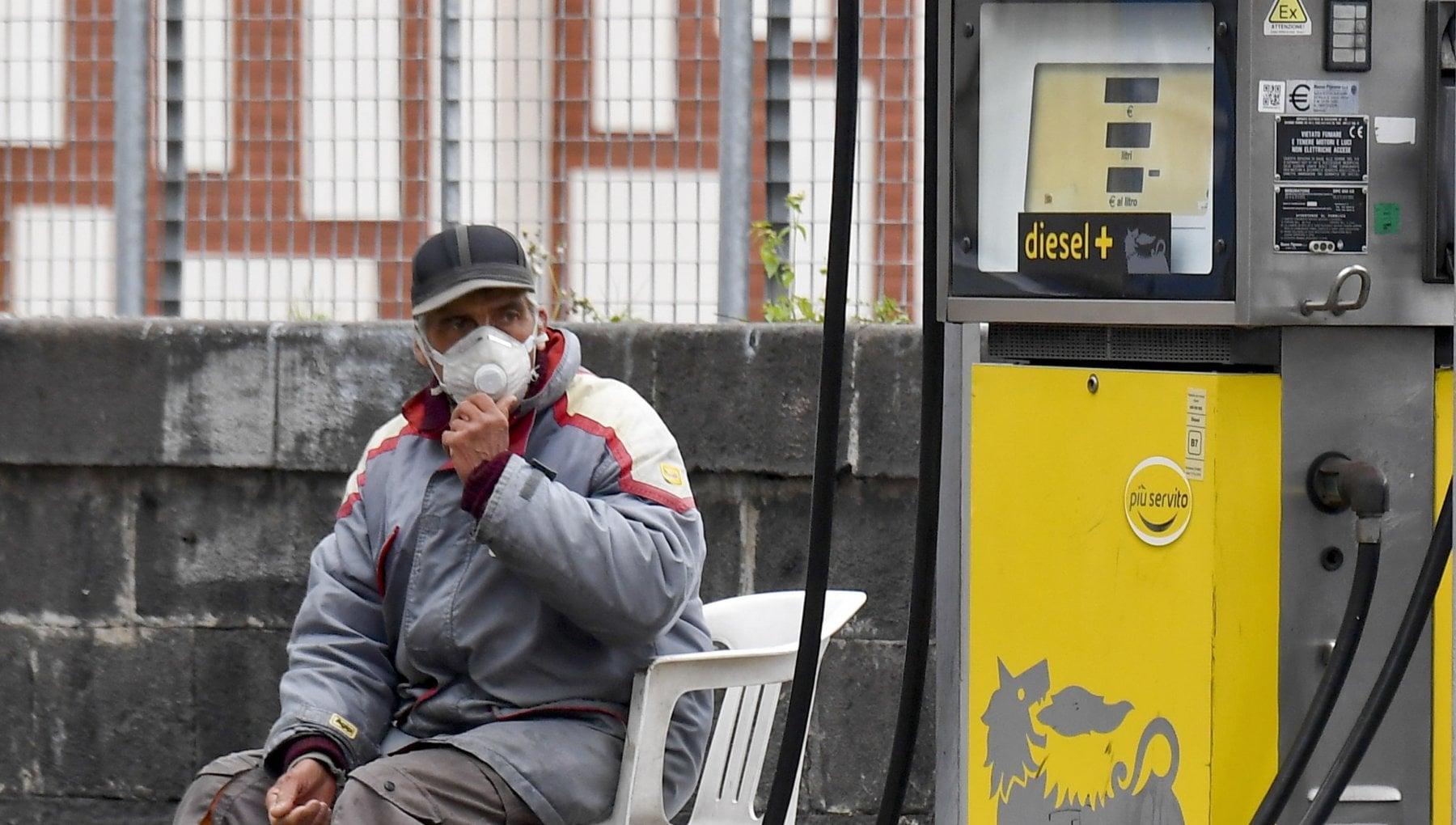 Confermato da lunedi a mercoledi lo sciopero dei benzinai Chiediamo sostegni economici