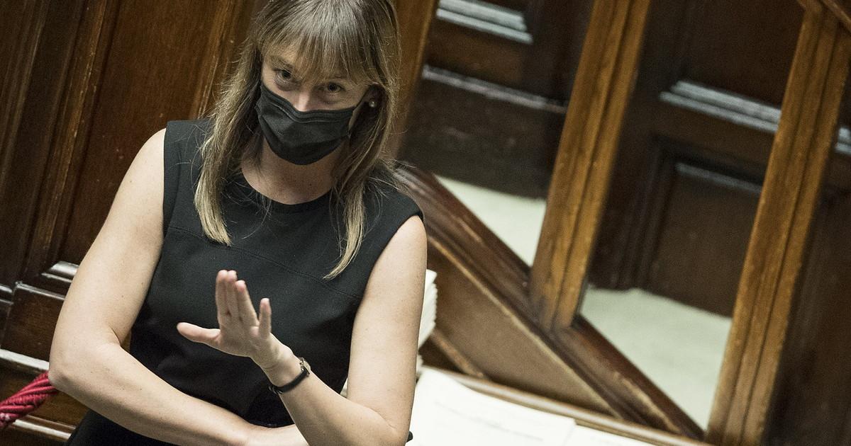 Consultazioni lampo e crisi. O un ministero alla Boschi guerra Renzi Conte lindiscrezione dalle sacre stanze