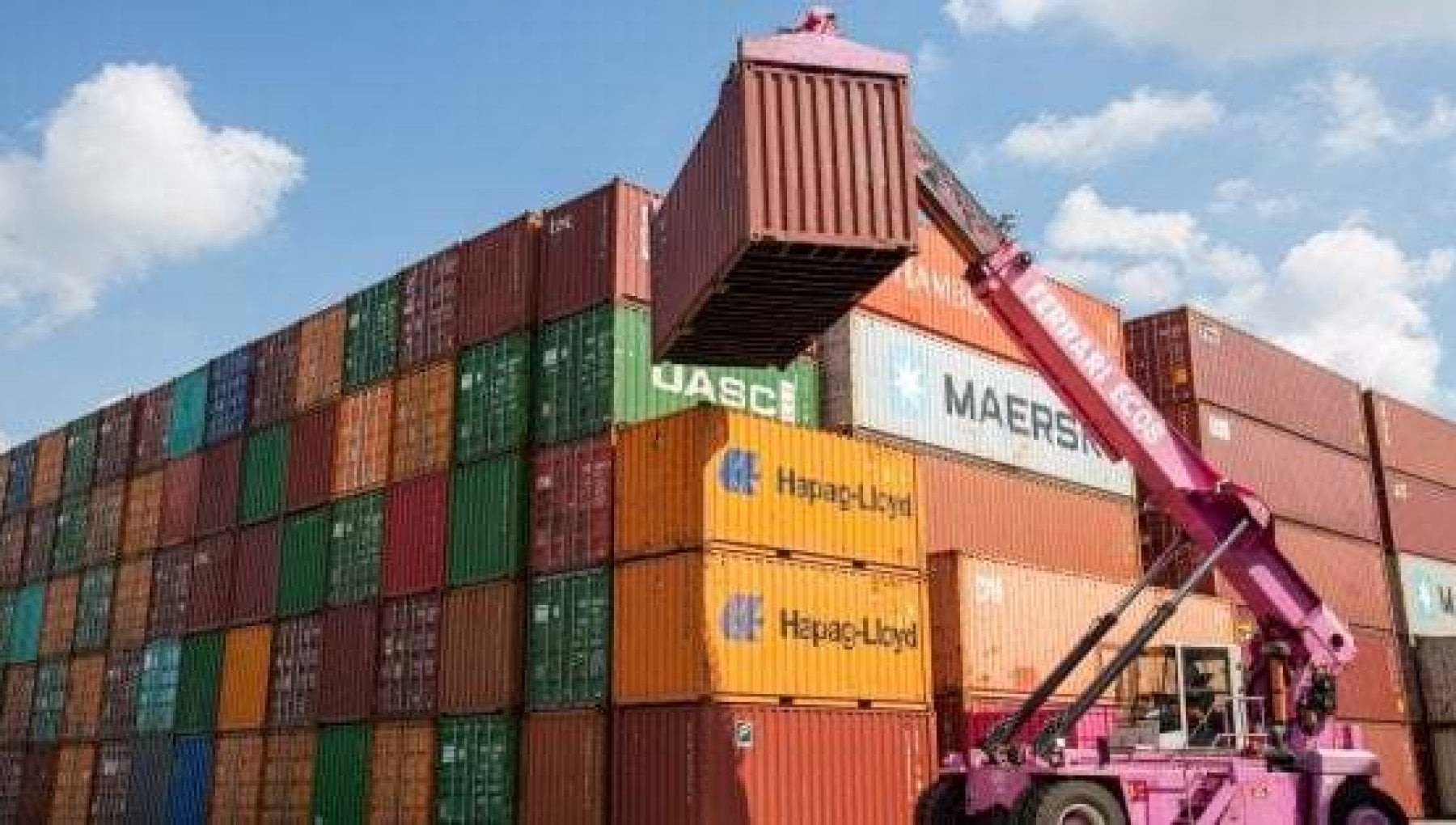 Container a peso doro rincari in arrivo per i consumatori